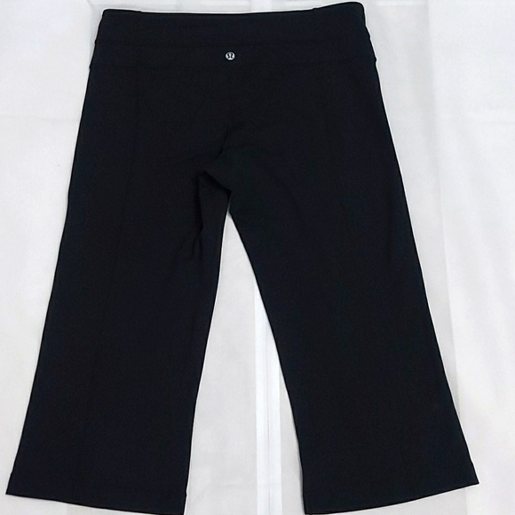 Lululemon reversible crop pants black- size 10